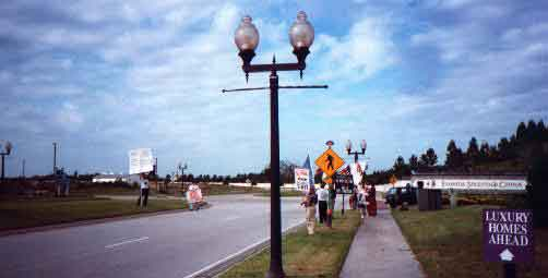 Protesters at the Main Gate of Florida Splendid China during 10/13/96 demonstration.